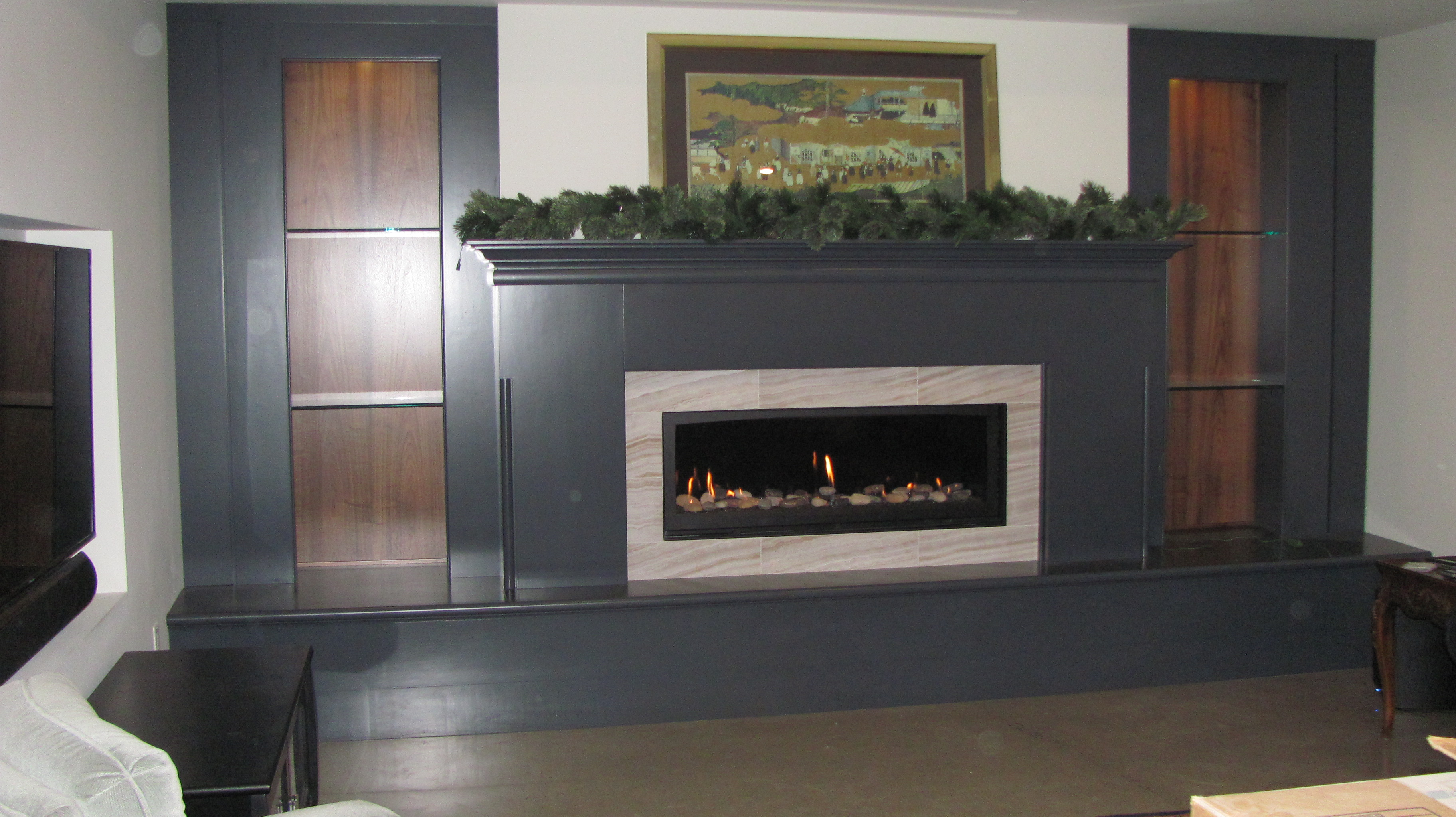 royal staged blaze modern mounted products fireplace ignis with crystals inch wall electric